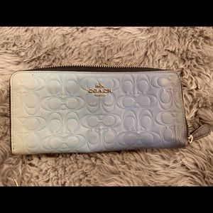 Authentic COACH wallet pre-owned